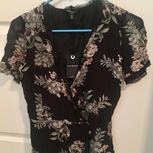 Lucky Brand floral wrap top size small